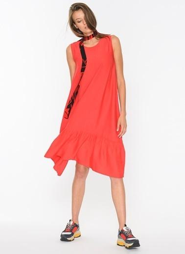 Loves You Eteği Volanlı Keten Elbise Kırmızı